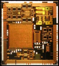 Low frequency Non-Intrusive built-in strategy to test and characterize RF and mmW integrated analogue circuits